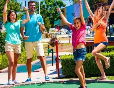 Como mini golf by wheel fun rentals